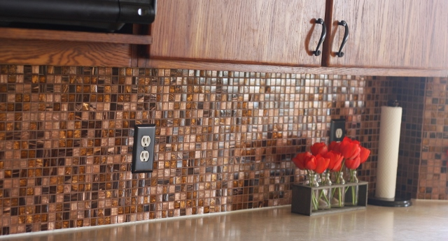 Installing a new tile backsplash